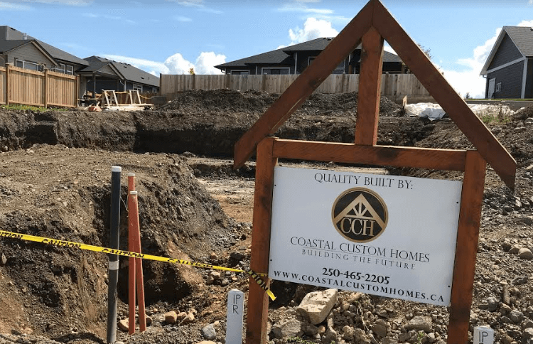 New Bungalow/Rancher Style Home Now Under Construction at The Ridge